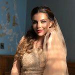 Анна Седокова заинтриговала поклонников фото в свадебном платье