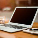Как правильно протирать ноутбук и монитор у компьютера?