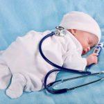 Аптечка для новорожденного и грудничка: средства спасения на каждый день