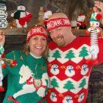 Новый год 2018: 10 рождественских свитеров, которые сделают праздник еще веселее