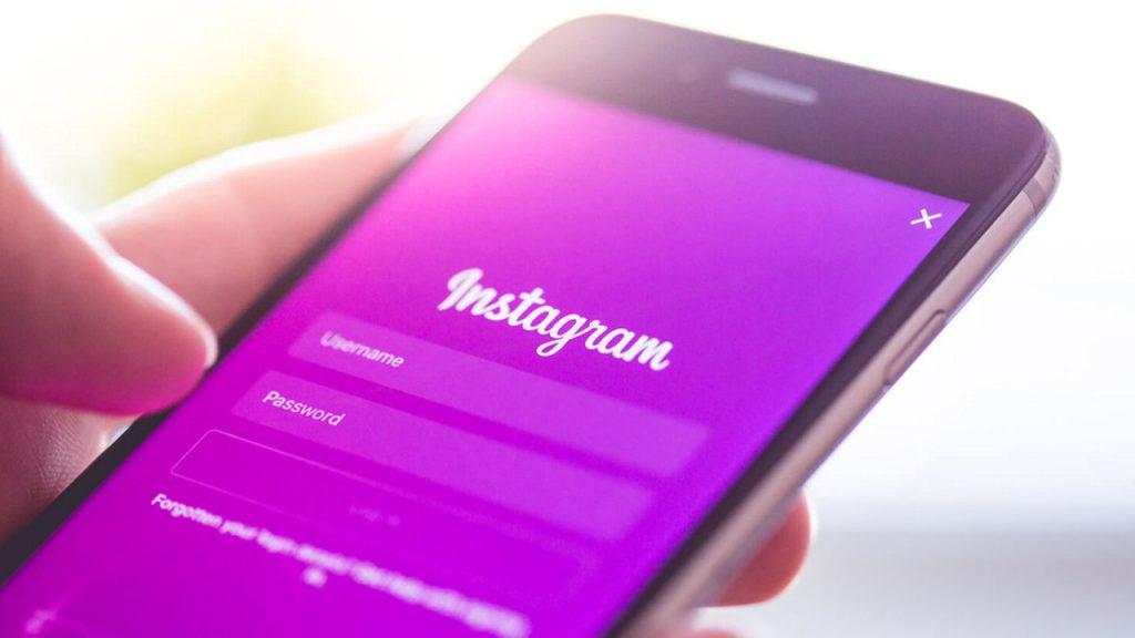 Кампания, которая пыталась положить конец феномену «фальшивой жизни» Instagram
